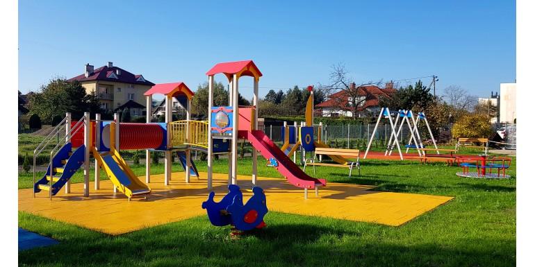 Plac zabaw przy Przedszkolu Samorządowym nr 5 w Wieliczce